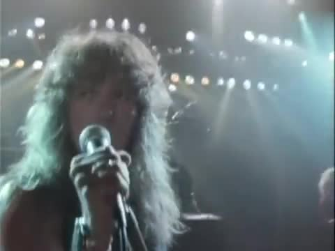 Whitesnake - Love Ain't No Stranger смотреть или скачать клип