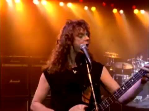 Whitesnake - Slow & Easy смотреть или скачать клип